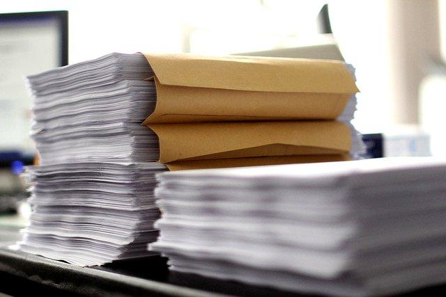 stack-paperwork-600x400-christian-schnettelker[1]
